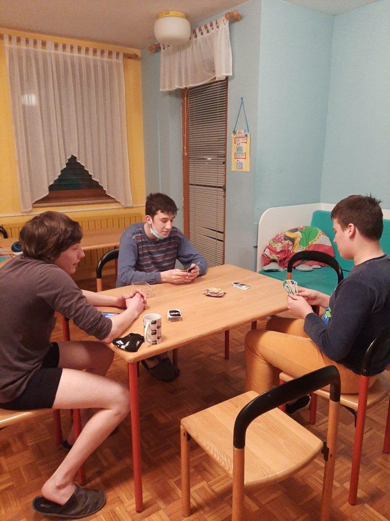 Večer družabnih iger